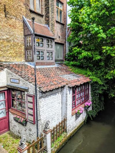 Bruges Lace and Homekeeping Shop
